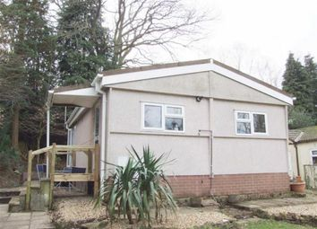 Thumbnail 2 bed mobile/park home for sale in Blackbird Hill, Turners Hill, West Sussex