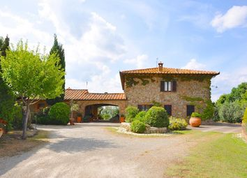 Thumbnail 5 bed country house for sale in Casale i Cipressi Toscani, Pienza, Siena, Tuscany, Italy