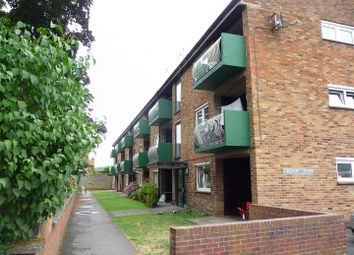 Thumbnail 2 bed flat to rent in Turners Drive, Thatcham