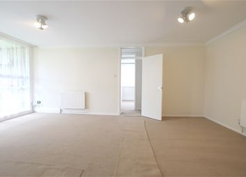 Thumbnail 3 bed flat to rent in Great North Road, East Finchley