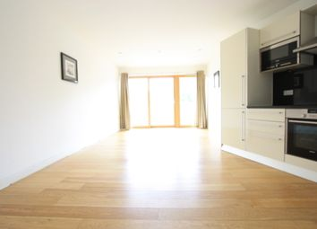 Thumbnail 1 bed flat to rent in Fairfield Road, Croydon