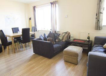 Thumbnail 4 bed flat to rent in Delph Lane, Hyde Park, Leeds