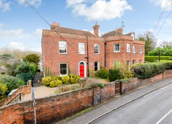 Thumbnail 6 bed detached house to rent in Thames Street, Sonning, Reading