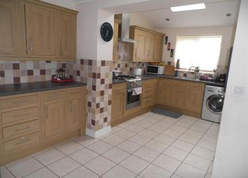 Thumbnail 4 bed property to rent in Devonshire Close, Rugby