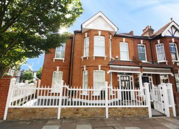 Thumbnail 5 bed property to rent in Rusthall Avenue, London