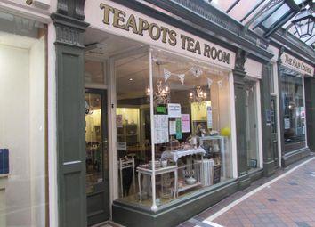 Thumbnail Retail premises to let in Unit 7 The Arcade, Market Place, Carter Gate, Newark, Nottinghamshire