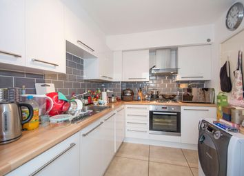 Thumbnail 1 bed flat to rent in Park South, Battersea