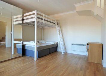 Thumbnail Studio to rent in Bilton Road, Perivale, Greenford, Greater London