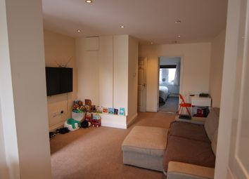 Thumbnail 1 bed flat to rent in Bullfields, Snodland, Kent