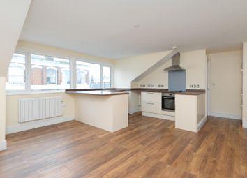 2 bed flat to rent in Bank Street, Ashford TN23
