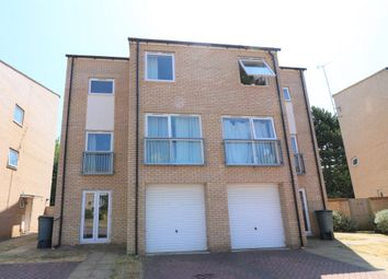 Thumbnail 6 bed town house to rent in Aviation Avenue, Hatfield