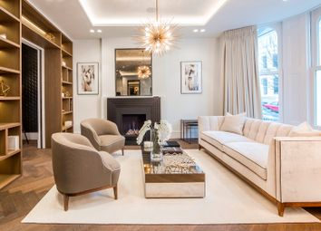 Thumbnail 7 bed town house to rent in Campden Hill Gardens, Kensington