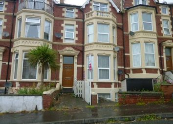 Thumbnail 1 bed flat to rent in Kingsland Crescent, Barry