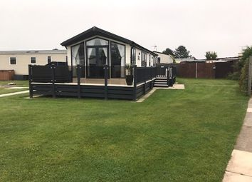 2 bed mobile/park home for sale in Dyserth Road, Rhyl LL18