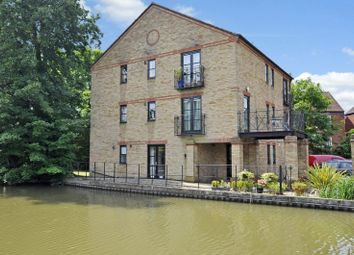 Thumbnail 1 bed flat to rent in Ravens Wharf, Berkhamsted