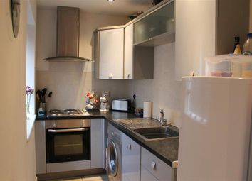 Thumbnail 1 bed flat to rent in Campbell Way, Fair Oak, Eastleigh