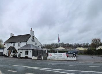 Thumbnail Pub/bar for sale in Water End, Basing
