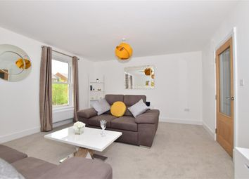Thumbnail 5 bed town house for sale in Radnor Park Avenue, Folkestone, Kent
