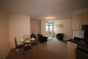 Thumbnail 1 bed flat to rent in Wellington Street, Swindon