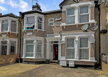 Thumbnail 1 bed flat for sale in Courtland Avenue, Ilford, Essex