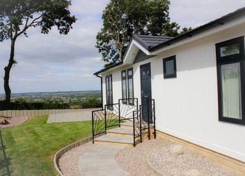 Thumbnail 2 bed mobile/park home for sale in Bradenstoke, Chippenham, Wiltshire