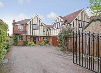 Thumbnail 6 bed detached house for sale in East Ridgeway, Cuffley