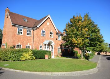 Thumbnail 6 bed detached house to rent in Copperfields, Caversham, Reading