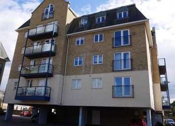 Thumbnail 2 bed flat for sale in Taverners Way, Hoddesdon