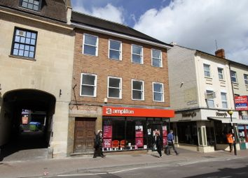 Thumbnail 1 bed flat to rent in High Street, Banbury