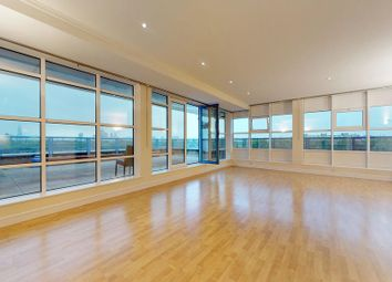 Thumbnail 3 bed flat to rent in 305 Rotherhite Street, London