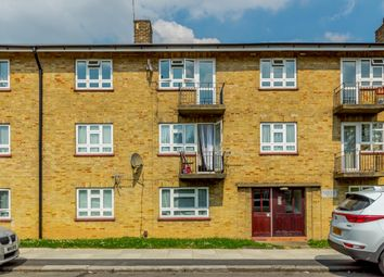 Thumbnail 3 bed flat for sale in Bushfield Crescent, Edgware, London