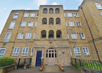 Thumbnail 2 bedroom flat for sale in Shore Place, London