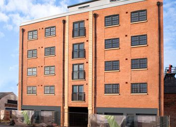 Thumbnail 2 bed flat for sale in Wellington Street, Hull