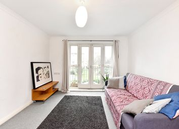 Thumbnail Flat to rent in Lavington Close, Hackney