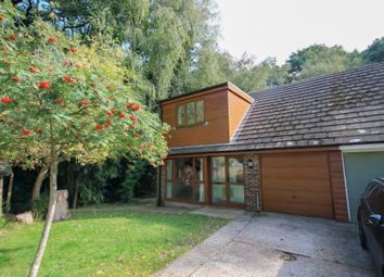 Post Horn Close, Forest Row RH18. 3 bed semi-detached house
