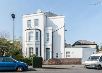 Thumbnail 2 bed flat for sale in Castlewood Rd, London