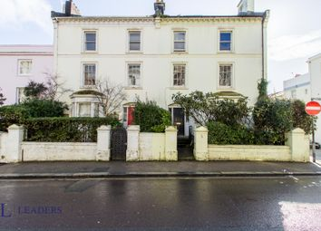 3 bed maisonette to rent in Montpelier Place, Brighton BN1