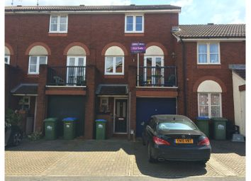 Thumbnail 3 bed town house for sale in Captains Place, Southampton
