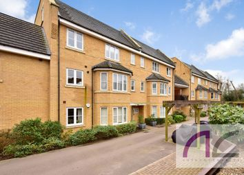 Bayswater Close, Palmers Green N13. 2 bed flat for sale