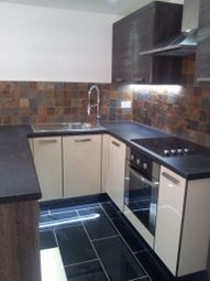 2 bed flat to rent in The Parade, Roath, Cardiff CF24