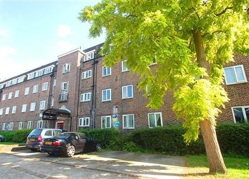Thumbnail 4 bedroom flat for sale in Haldane Place, London
