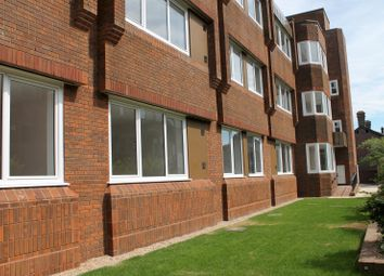Thumbnail 1 bedroom flat to rent in Mead House, Catelupe Road, East Grinstead