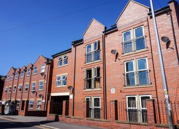 Thumbnail 3 bed flat to rent in Welton Road, Leeds