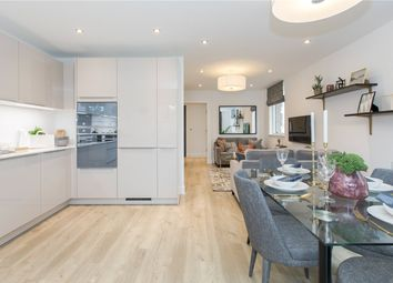 Thumbnail 2 bedroom flat for sale in Grove Apartments, Woodside Square, London