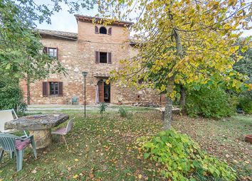 Thumbnail 7 bed country house for sale in Casale Il Carretto, Montepulciano, Siena, Tuscany, Italy