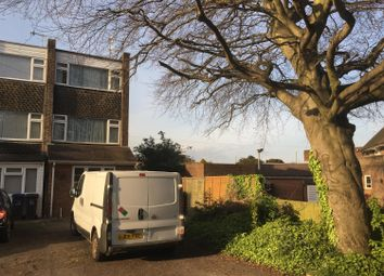 Thumbnail 1 bedroom flat to rent in 37 Grinstead Avenue, Lancing, West Sussex