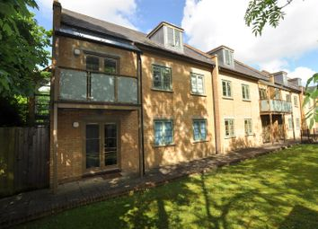 Thumbnail 2 bedroom flat for sale in Nightingale Road, Hitchin