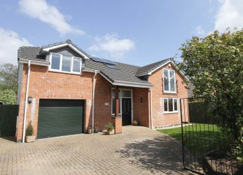 Thumbnail 5 bedroom detached house for sale in Valley Road, Portishead, Bristol