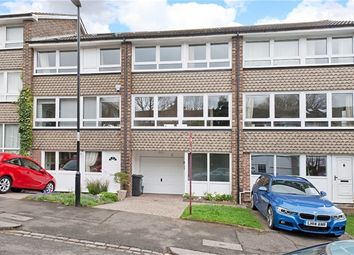 Thumbnail 3 bed property for sale in Wakefield Gardens, London
