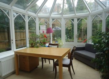 Thumbnail 2 bed flat to rent in Hillside Gardens, Highgate